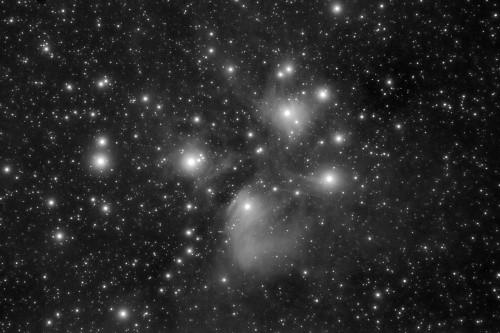 M45 en Luminancia - ED80/480 EOS350D ACF
