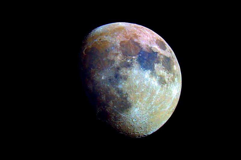 Luna en Color con LX200 (2005)
