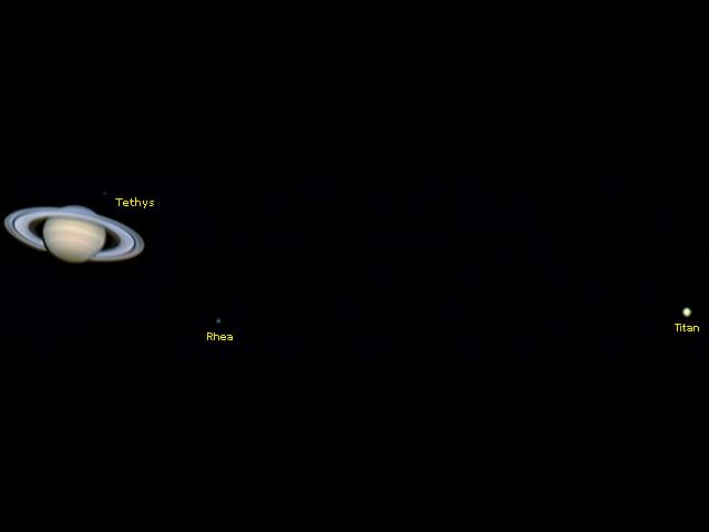 Saturno, Tethys, Rhea y Titán