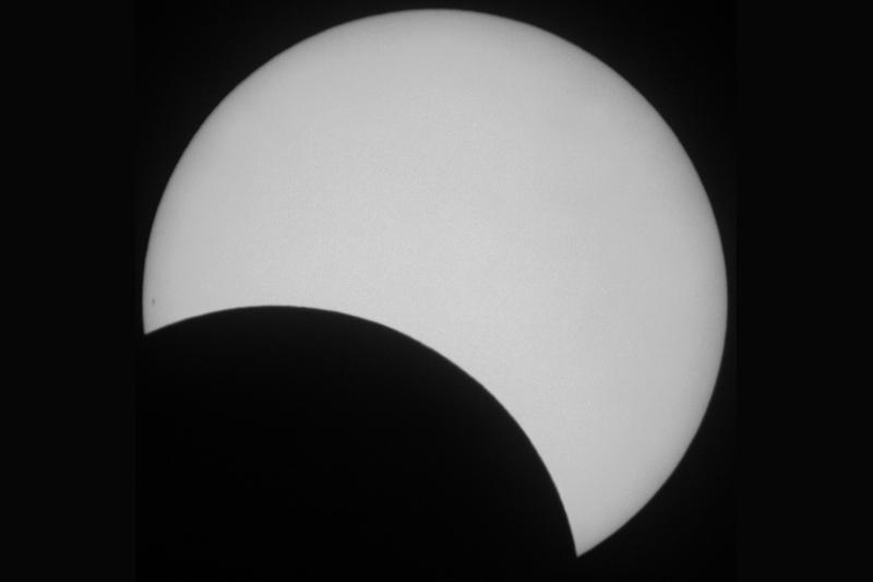 Eclipse parcial de Sol (29-03-2006) – Luz blanca