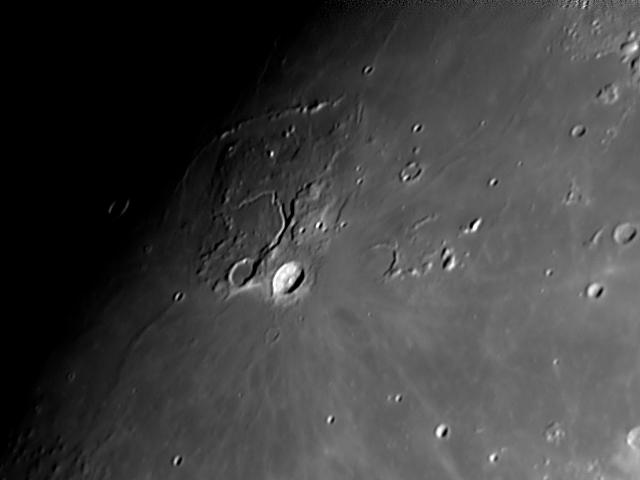 Cráteres: Vallis Schröter