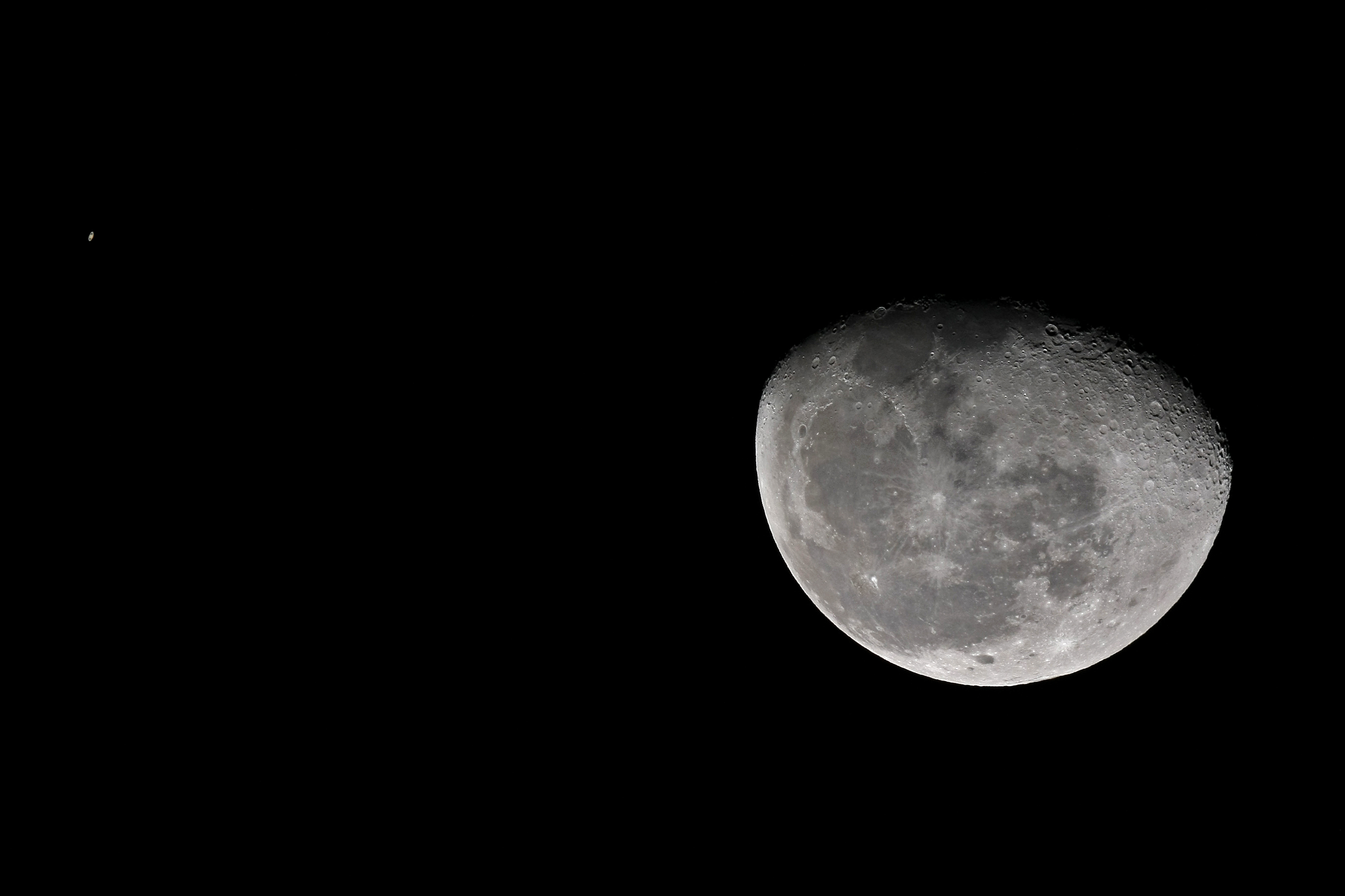 Conjunción Luna y Saturno